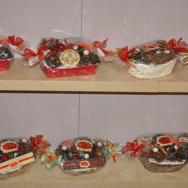 showroom-natalizio-cioccolato-artigianale-dolciaria-tina5
