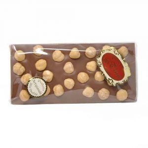 tavoletta-cioccolato-latte-con-nocciole-dolciaria-tina1